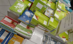 42 stationery c nalfons (2)